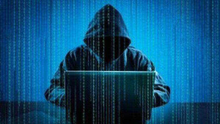 Mega-ciberataque derruba sistemas de comunicação ao redor do mundo