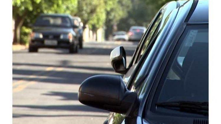Aumento do furto e roubo de veículos no Rio: preço do seguro auto dispara e clientes buscam por corretores na internet