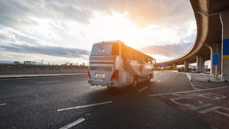 Preocupe-se com o motorista de ônibus: sua vida está nas mãos dele