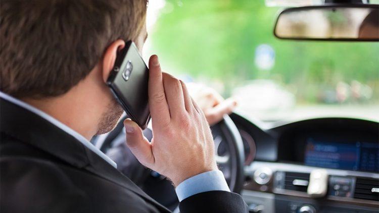 Celular ao volante e o direito ao seguro