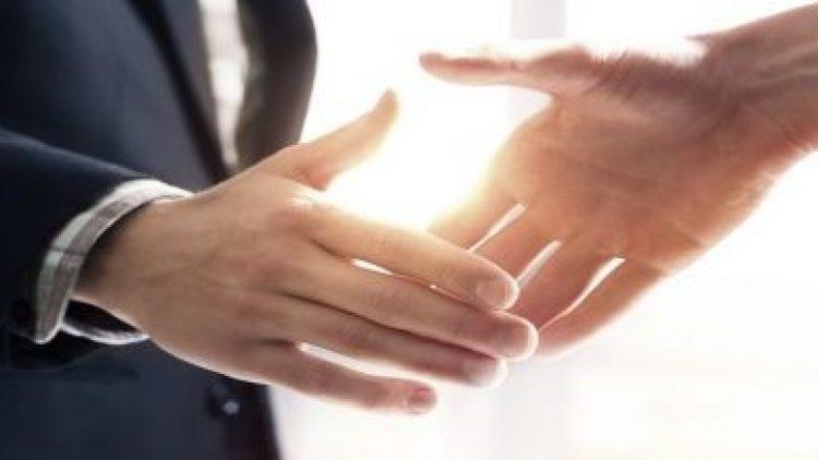 Banco e HDI anunciam parceria e cria seguradora de automóveis totalmente digital