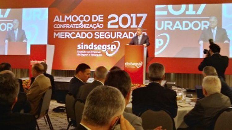 Presidente da CNseg destaca o desempenho superior do setor segurador em 2017 em almoço do Sindseg-SP