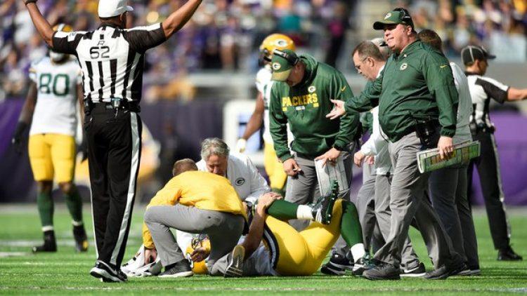 O efeito das pancadas na milionária NFL e no futebol americano: fazer seguro para corpo dos atletas fica mais difícil