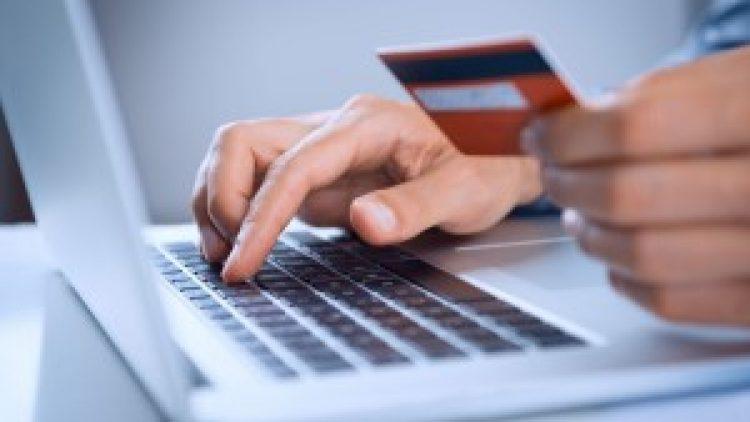 Seguradora disponibiliza pagamento online para clientes