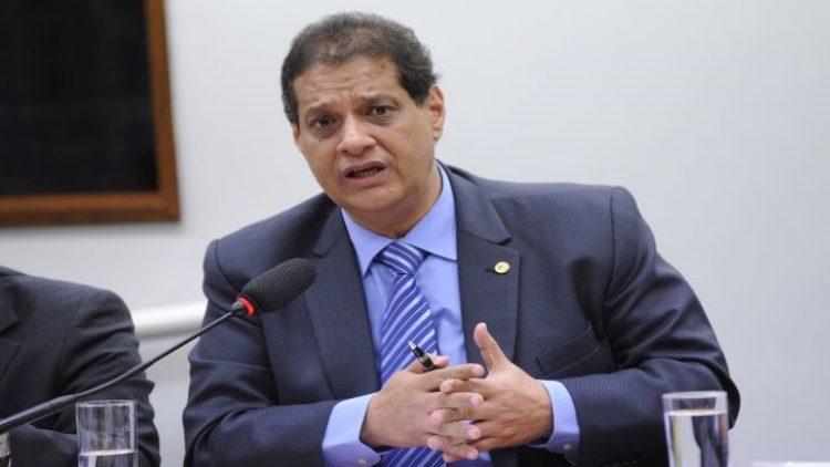 FENACOR manifesta preocupação com suspensão do recadastramento
