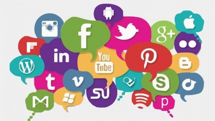 Jornalista fala sobre redes sociais e memória na sede do Sincor-ES