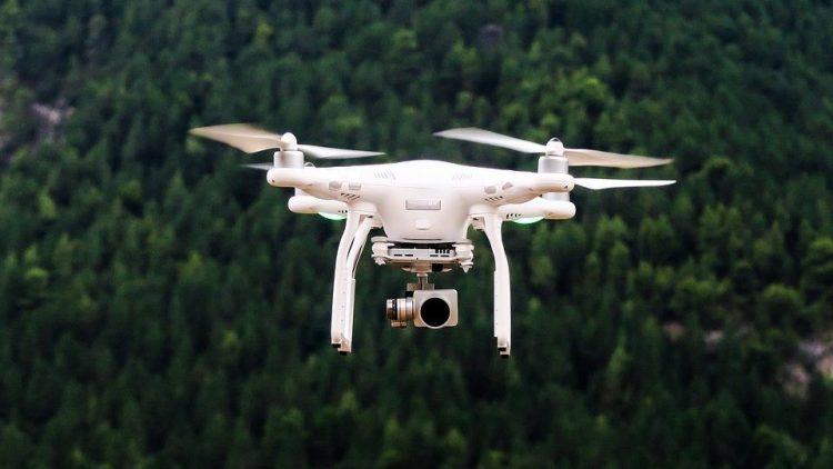 Há seguros para drones a 75 euros. Só faltam as regras