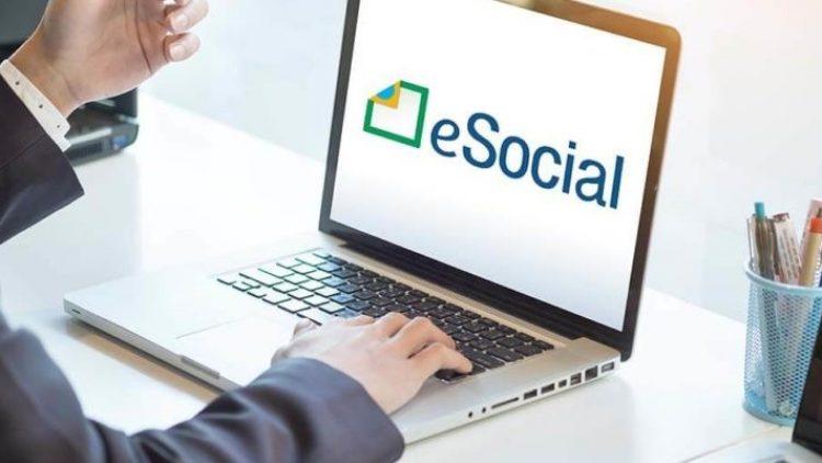 Corretores de seguros devem estar atentos ao e-Social