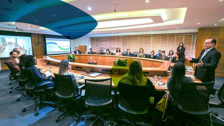 Programa Recomeço: Seguradora Líder realiza apresentação aos RHs