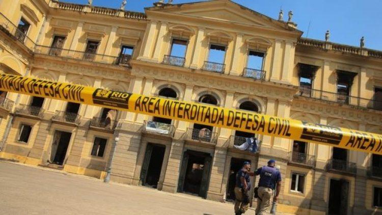 Cobertura de Museu Nacional seria vetada por seguradoras, diz especialista