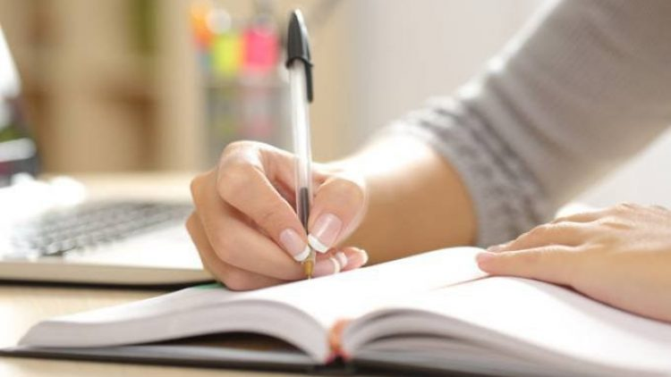 Concurso premiará artigos de docentes