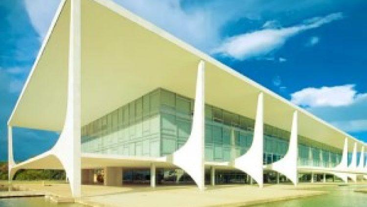 CNseg parabeniza Bolsonaro e deseja sucesso a sua gestão