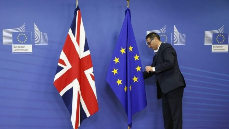 Brexit. Derivados, seguros e outras dores de cabeça para o setor financeiro, segundo o FMI