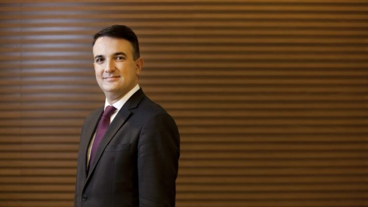 Executivo da Bradesco Seguros realiza palestra sobre o Futuro do Mercado de Seguros em grande evento para Corretores