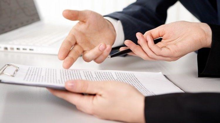 Consumidor não pode ser compelido a contratar seguro nos contratos bancários