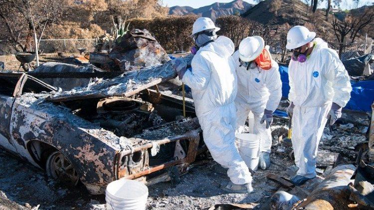 Califórnia terá gasto de US$ 3 bilhões com limpeza de escombros