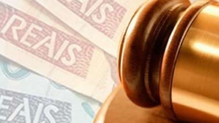 Seguradora é condenada por negar indenização à cliente