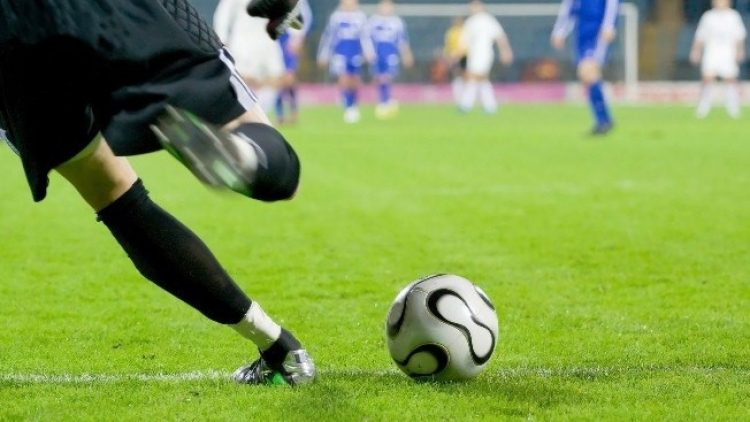 Corretores ficam indignados com apoio de empresas de proteção veicular a times de futebol