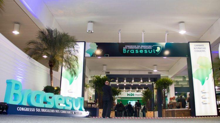 2º Brasesul é lançado durante o 9º Simpósio Paranaense de Seguros