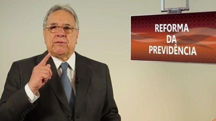 Presidente da CNseg manifesta apoio à reforma da Previdência em encontro com o Presidente da República
