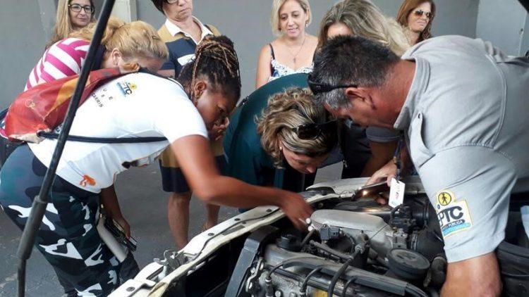EPTC promove novo Curso de Mecânica para Mulheres