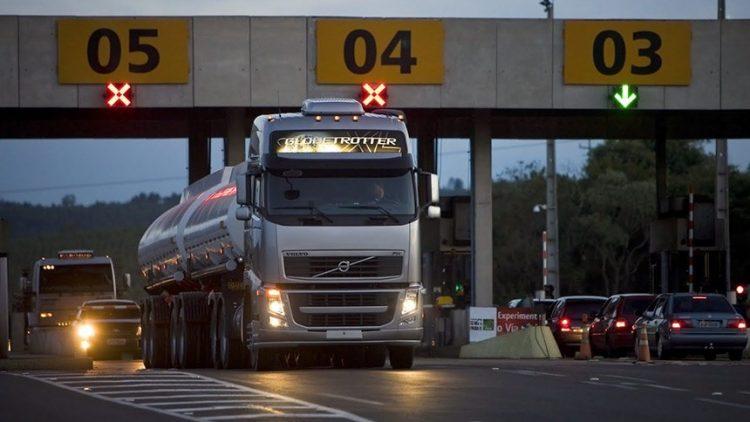 Fim de exame toxicológico fará preço do seguro de caminhões disparar
