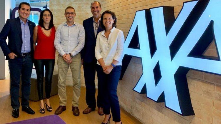 AXA Seguros e Rede Lojacorr oficializam parceria